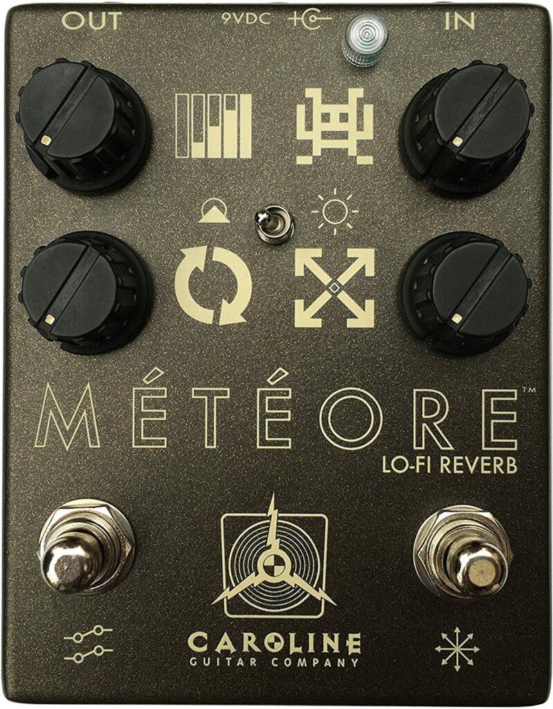 caroline meteore pedal